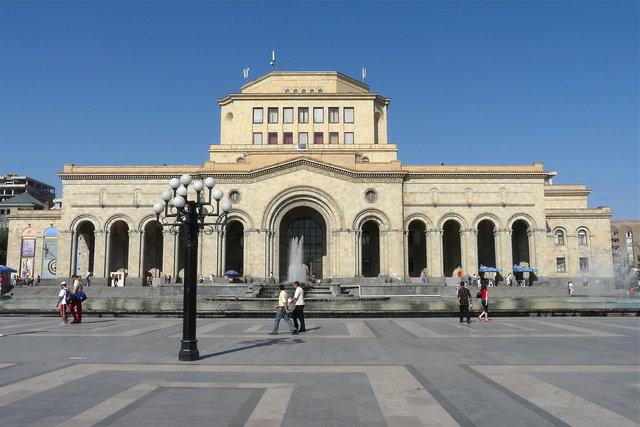 Republic Square, Yerevan, Armenia (source: Fotopedia)