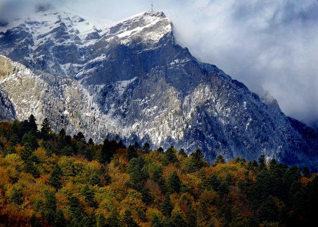 October snow in Romania