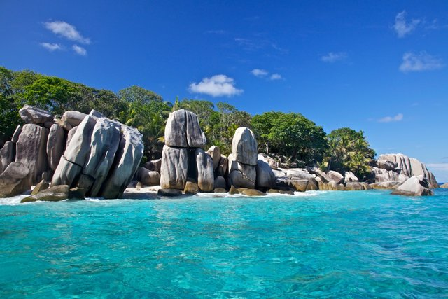 how to find a job in seychelles as a foreigner